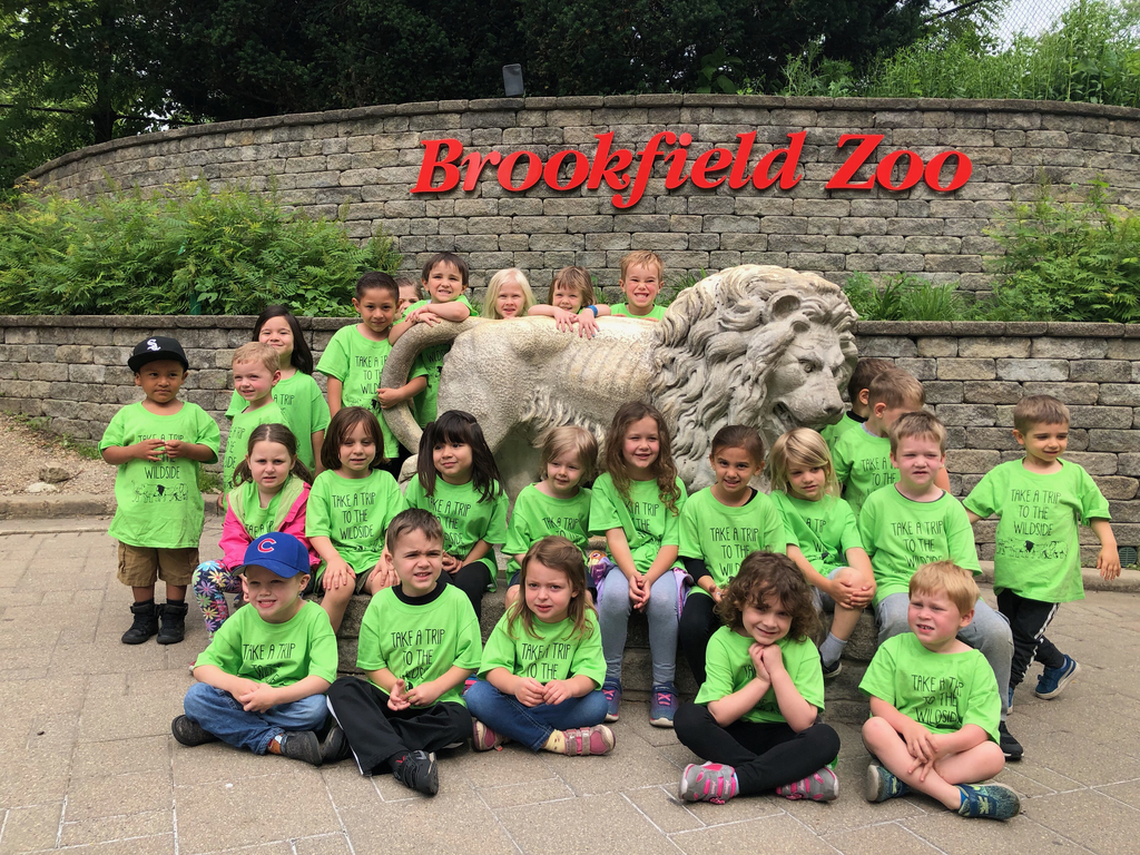 Morning and Afternoon students at Brookfield Zoo!